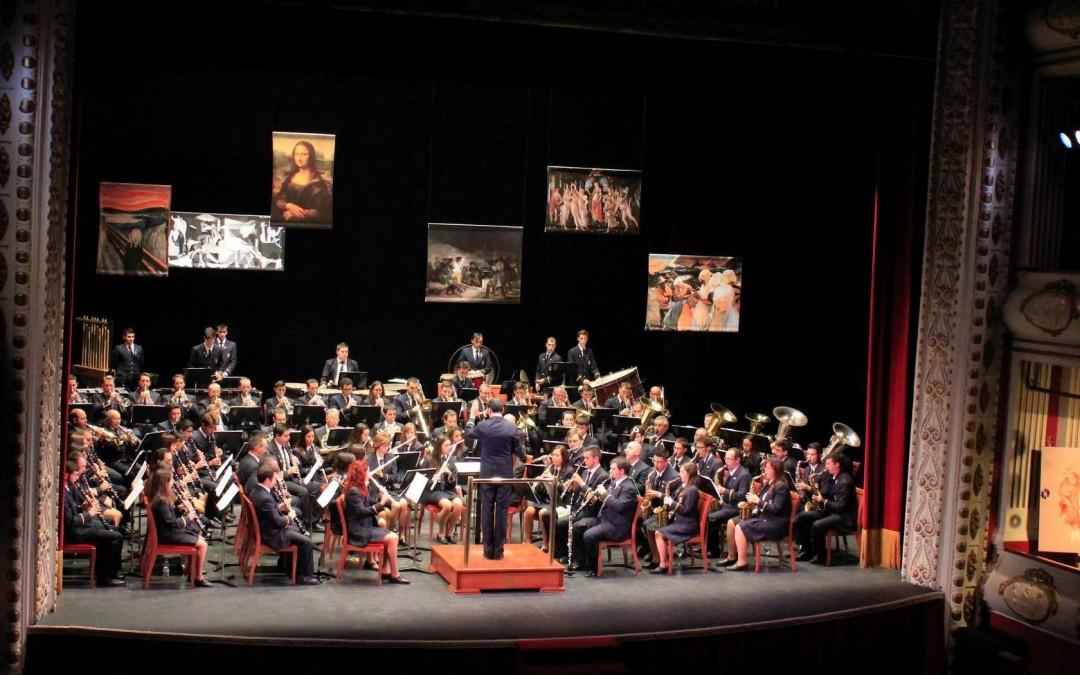 La Banda Municipal de Villena convirtió su concierto de Santa Cecilia en una fiesta del arte.