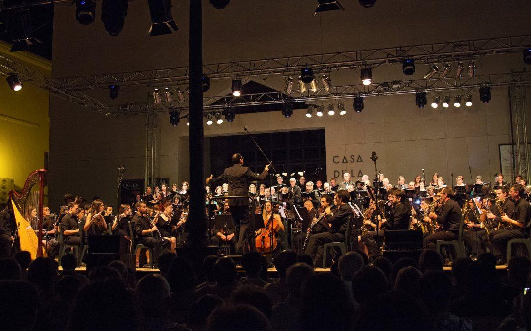Santa Cecilia novedosa, Ecuador Festero especial, The Queen Symphony espectacular y Fiestas para el recuerdo
